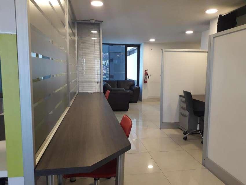 ZP-OA, Espectacular Oficina en Venta Completamente Amoblada, Sector Plataforma Gubernamental del Norte 0