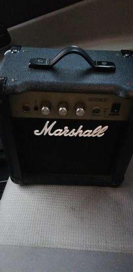 Amplificador Marshall G10MK II