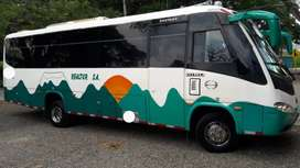 Buseton Hino modelo 2011 carrocería marcopolo de turismo