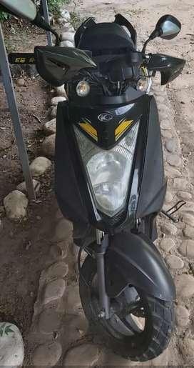 Vendo hermosa moto excelentes condiciones garantía de funcionamiento