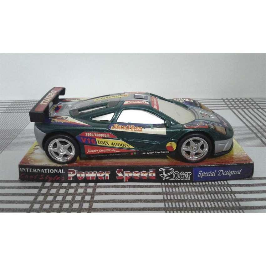 Auto de colección. Deportivo de carreras 0