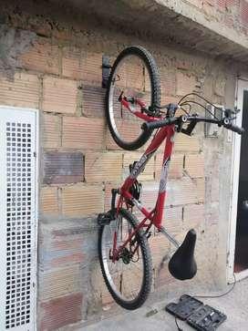 Soporte bicicleta 6×22c.m