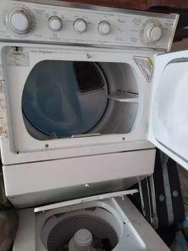 Lavadora-secadora Whirlpool thintwin