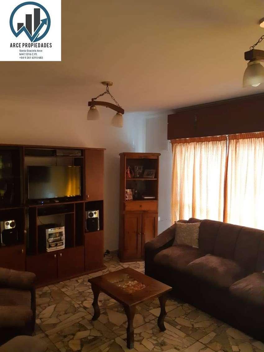 casa + departamento en cuarta sección Ciudad Mendoza oportunidad 0