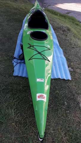 Vendo kayak 4,50 muy bueno, impecable
