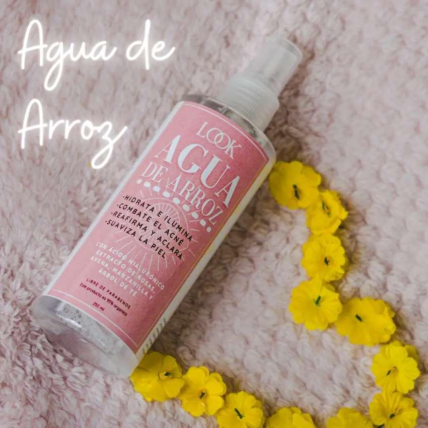 Agua de arroz con extracto de rosas y Ácido Hialurónico