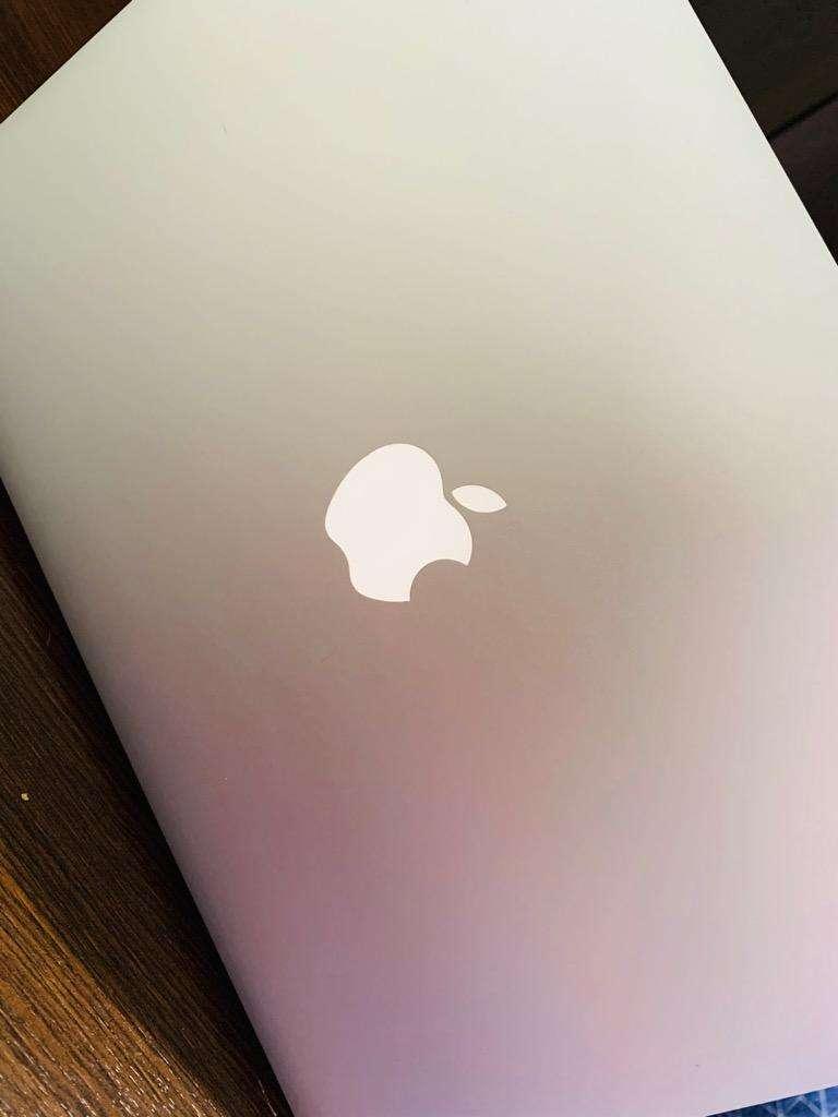 Macbook Air 13 Pulgadas 2014 0