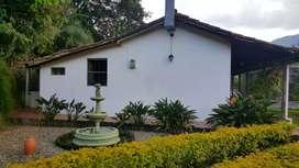 Casa de campo a puerta cerrada