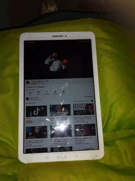 Vendo tablet 10""
