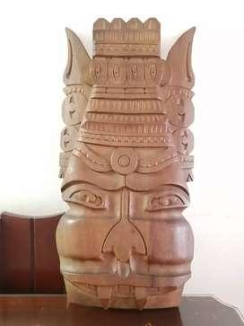 Totem mexicano en excelente estado