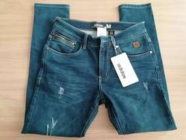 Pantalón jeans semi pitillos