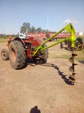 Hoyadora tractor