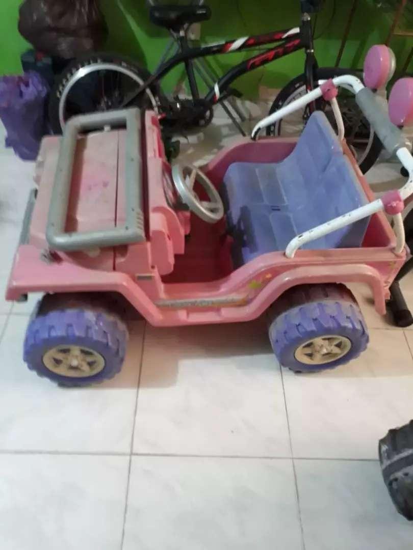 Carro de niña de pila recargable 0