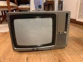 TV 14 Pulgadas JVC - Impecable