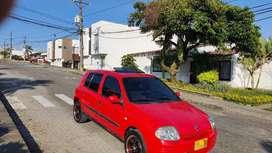 RENAULT CLIO 2002 VENDO CAMBIO