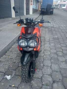 Se vende motoneta Axo