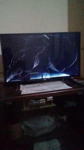 smart tv RCA a reparar completo