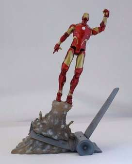 Figura Iron Man Bleeding Edge / Exlusivo Disney Store / Marvel Select
