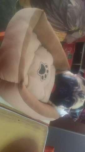 Vendo lindo y original cama de mascota pug