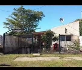 Casa sobre costanera alta en Santa Elena (E.R.)