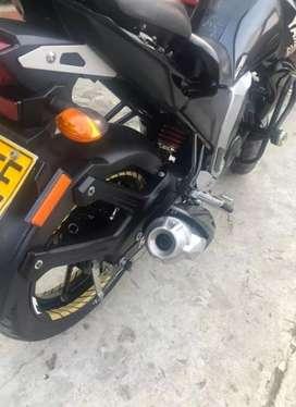 La moto se encuentra libre de multas en muy buen estado lista pra traspaso