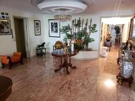 Se vende hermoso apartamento en MONTEARROYO