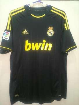 Camiseta Adidas Real Madrid T. L, Nike puma boca River