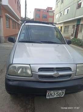 Camioneta 4x4 Suzuki Grand Vitara 2000