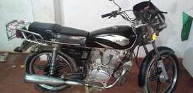 Vendo moto lineal 125 cc