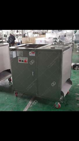 Se vende maquina peladora de platano