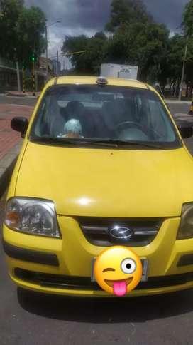 Vendo taxi buen estado papeles al dia