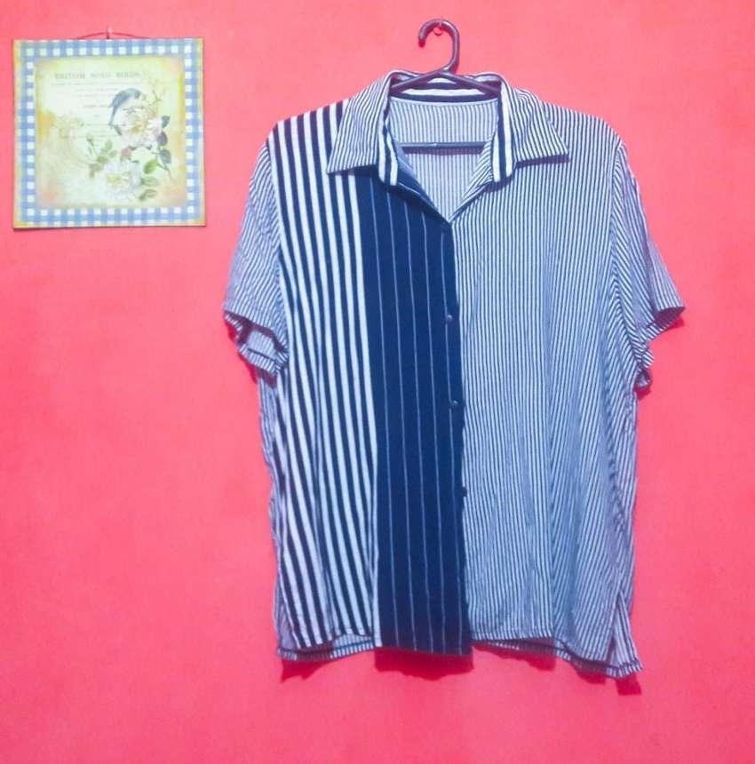 Camisa a rayas estilo vintage 0