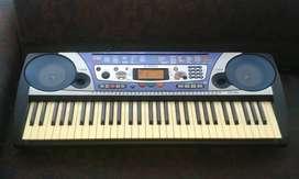 Piano organeta Yamaha PSR-260