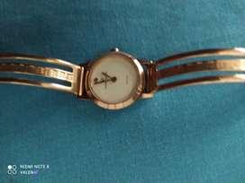 Reloj Giovanny Valentino original en perfecto Estado