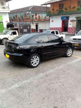 Mazda 3 Autom 1,6L, 2013. Llantas nuevas , bateria nueva, cambio de aceite nuevo, soat nuevo, tecno hasta marzo 2021...