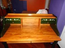 escritorio olivo con silla