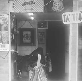 Venta de barber shock y estudio de Tattooland.