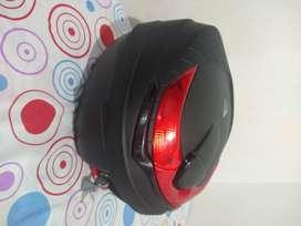 Baúl 30 ltr para moto Boxer, incluye base y parrilla