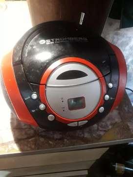 Mini equipo con cd, tarjeta de memoria y USB