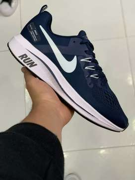 Tenis Nike RUN caballero