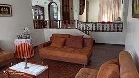 Vendo casa grande muy bonita y cómoda