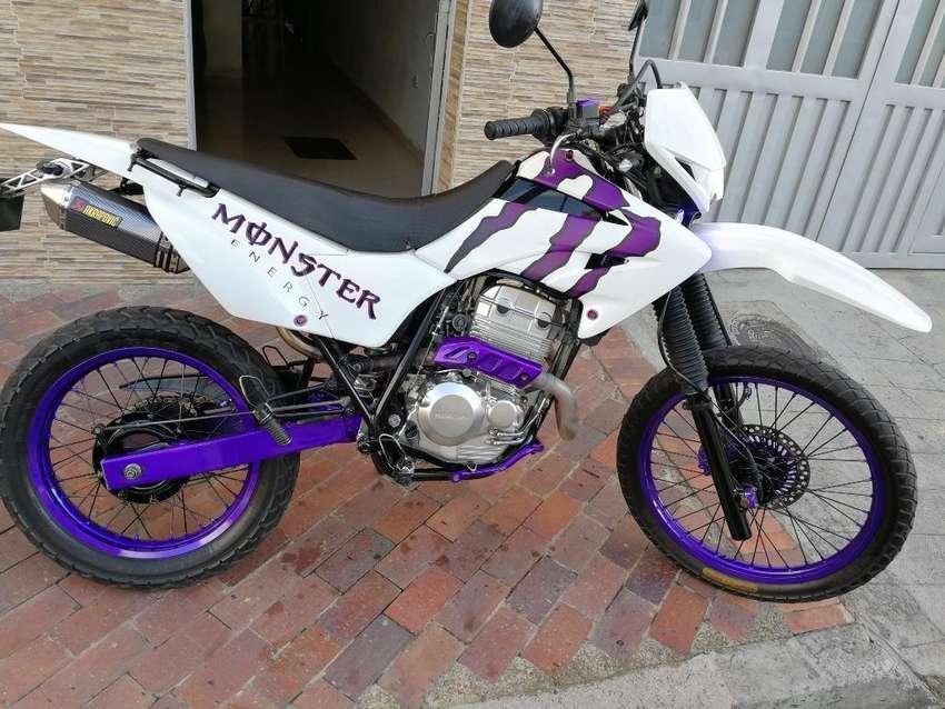 Honda Tornado Xr 250 0
