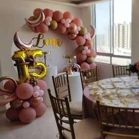 Sillas Tiffany doradas para alquilar en Barranquilla