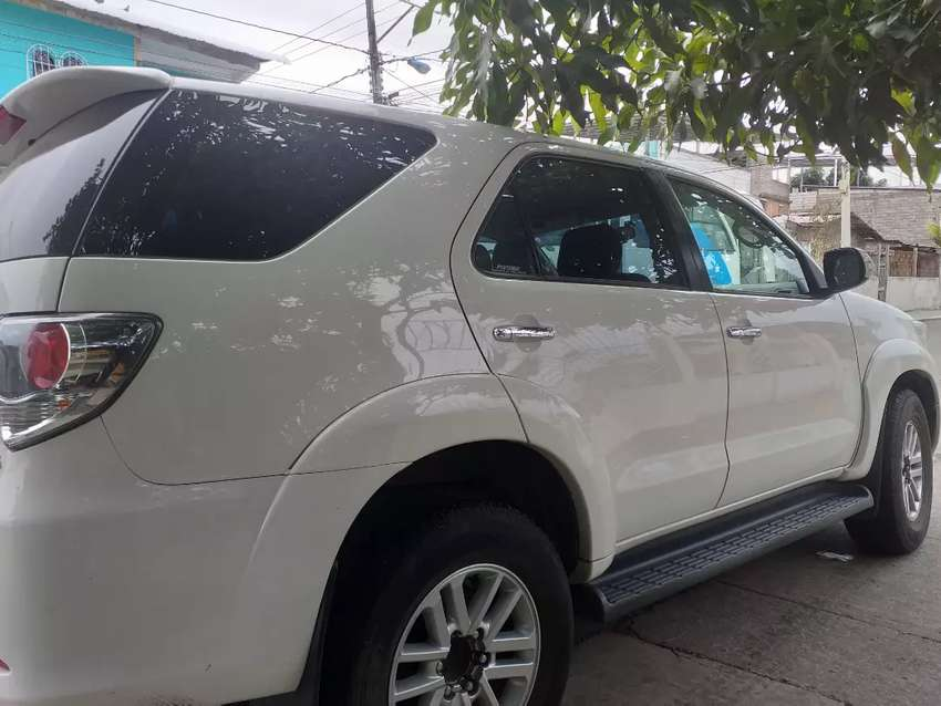 Fortuner  blanco 2015 negociable 0