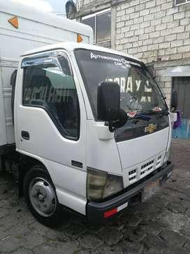 Vendo camión Chevrolet NKR 2010