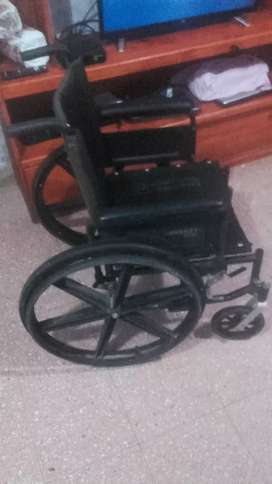 silla de ruedas en muy buenas condiciones