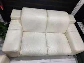 Vendo sofa aristas usado