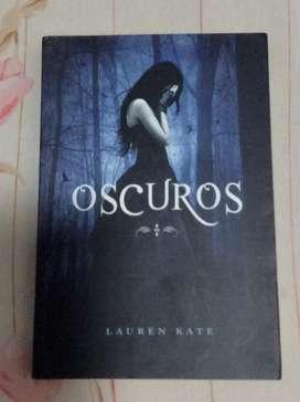 Oscuros de Lauren Kate
