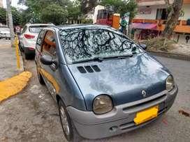 Vendo Renault Twingo Access mod 2011 16V