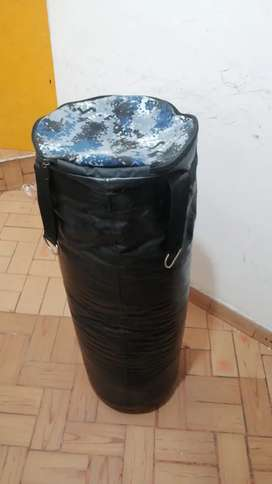SACO DE BOXEO EN CUERO 120 NEGOCIABLE